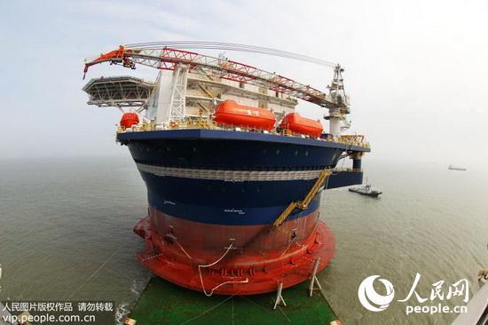 界首座半潜式圆筒型海洋运