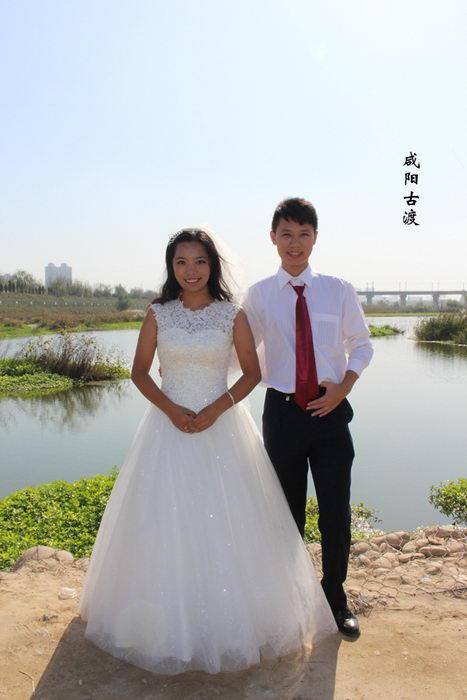 """王超和王新娜的""""关中八景""""婚纱照之咸阳古渡。"""