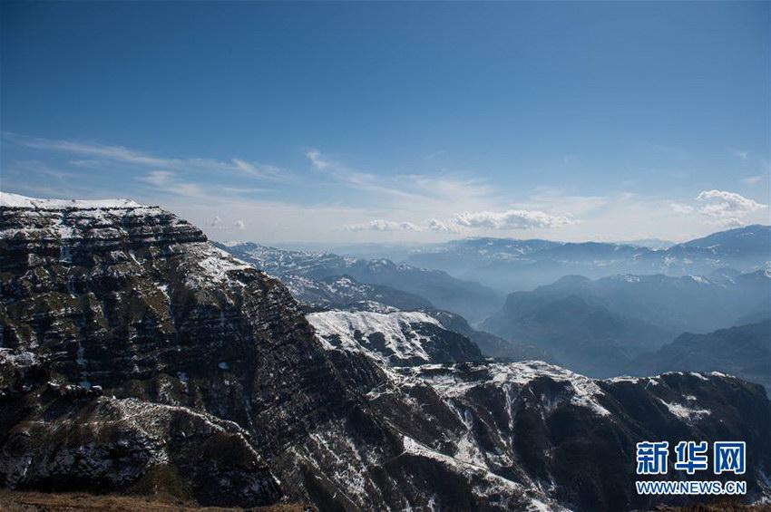 区鸡公山上拍摄的美景(2月27日摄).-走近云南大山包
