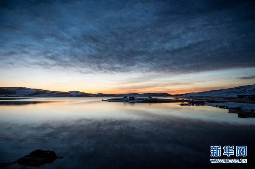 湿地拍摄的日出美景(2月28日摄).-走近云南大山包