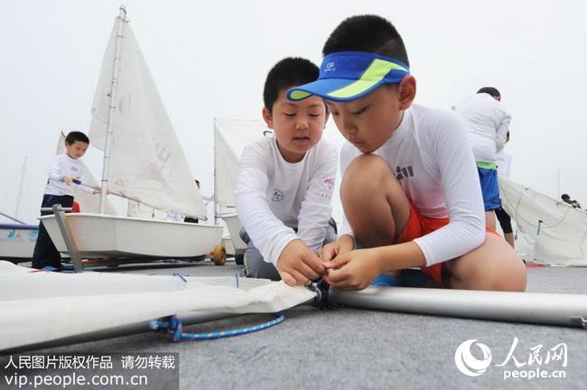 各地小学生扬帆美国v帆船帆船夏令营(2017.7.1小学青岛容闳图片