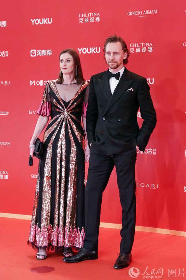 第22届上海国际电影节金爵奖揭晓96岁常枫获封影帝